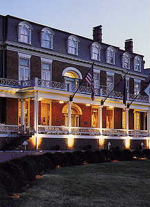 Martha Washington Inn - Twilight