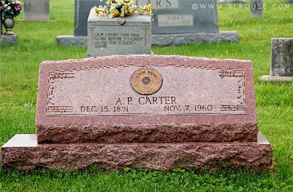 Gjemte penger ved sin tantes grav, redd skattemyndighetene! thumbnail