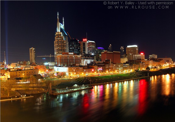 nighttime view of Nashville, TN.